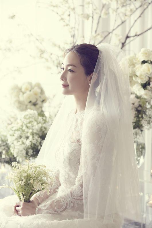 Mỹ nhân Bản tình ca mùa đông Choi Ji Woo đã kết hôn - Ảnh 2.