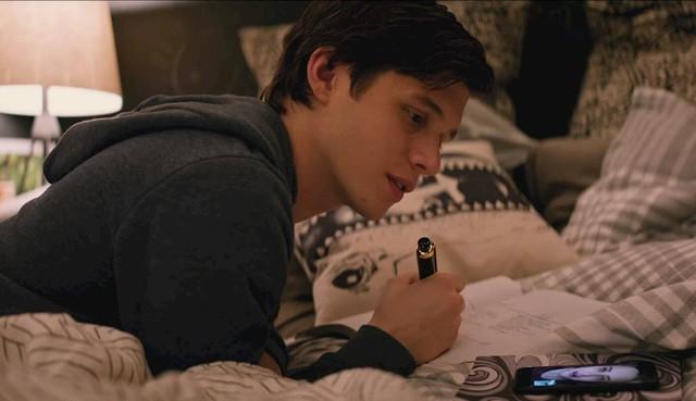 Phim đồng tính tuổi teen LOVE, SIMON ngọt ngào và rung động khán giả - Ảnh 2.