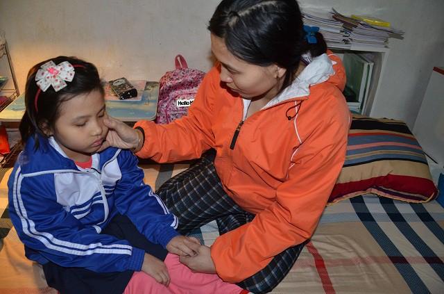 Thương bé gái 9 tuổi hiếu học mắc bệnh ung thư hạch - Ảnh 4.