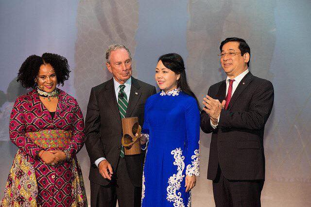 Bộ Y tế Việt Nam nhận giải thưởng quốc tế về theo dõi, giám sát sử dụng thuốc lá - Ảnh 1.