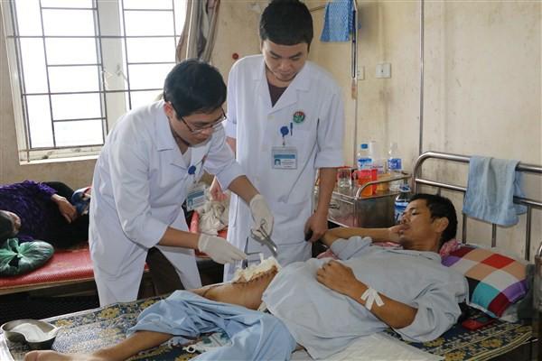 Ngân hàng máu sống cứu sống 4 bệnh nhân - Ảnh 2.
