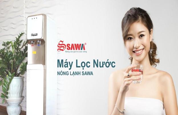 Nên mua máy lọc nước nóng lạnh hay nước uống nước đóng chai? - Ảnh 2.