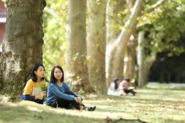 Nhan sắc đời thường đẹp tựa nàng thơ của Vân Tình khúc Bạch Dương - Ảnh 15.