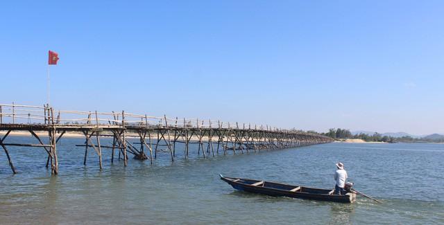 Cây cầu gỗ dài nhất Việt Nam: Điểm đến hấp dẫn tại Phú Yên - Ảnh 11.