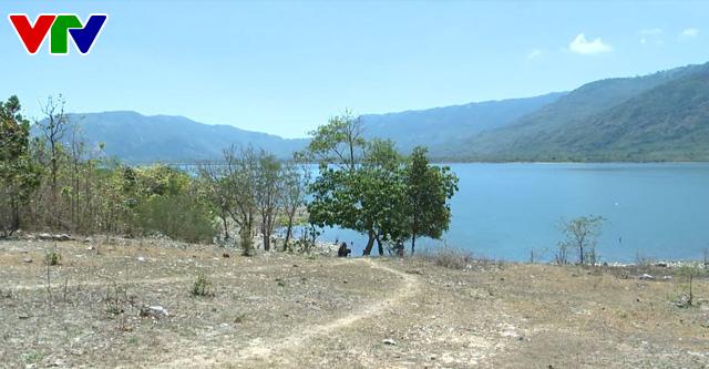 Bộ NN&PTNT: Cần ưu tiên nguồn nước chống hạn cho tỉnh Ninh Thuận  - Ảnh 1.