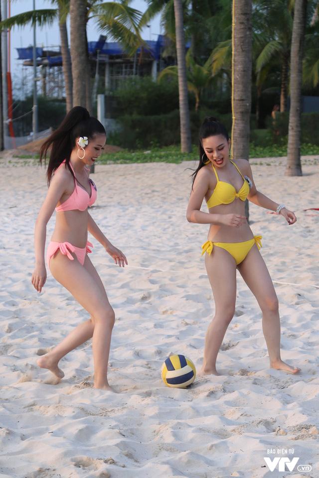 Người đẹp Hoa hậu Biển Việt Nam toàn cầu 2018 căng tràn sức sống tại bãi biển Phú Quốc - Ảnh 3.