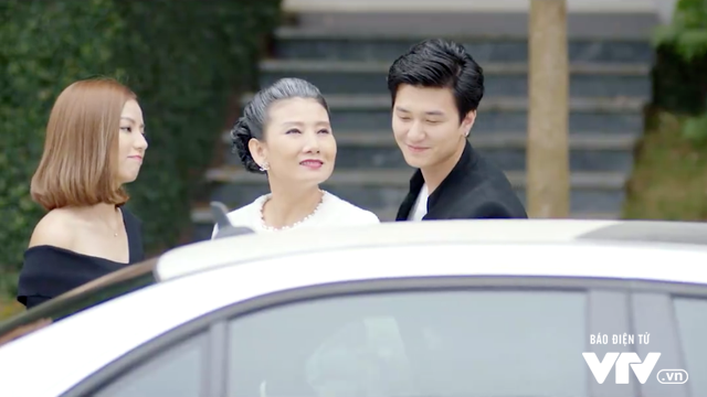 Cả một đời ân oán: Gặp lại chồng cũ sau 20 năm, Dung (Hồng Diễm) đau đớn nhớ lại ngày bị ép ly hôn - Ảnh 3.