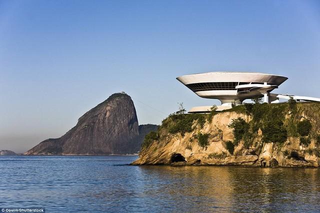 """Những công trình kiến trúc """"lạ đời"""" nhất thế giới - ảnh 4"""