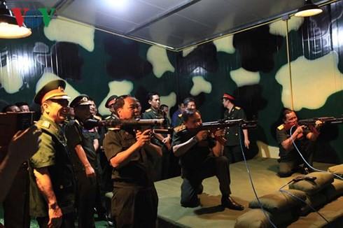 Việt Nam bàn giao Trung tâm mô phỏng huấn luyện chiến đấu cho Lào - Ảnh 2.