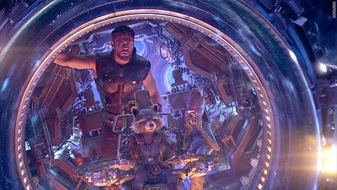 Avengers: Infinity War sẽ gây xáo trộn bảng xếp hạng doanh thu phòng vé? - Ảnh 1.