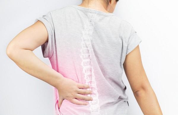 Nguyên nhân và triệu chứng đau dây thần kinh tọa - Ảnh 1.