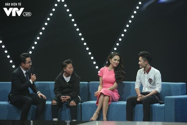 Hoa hậu chuyển giới Hương Giang tiết lộ 2 lần muốn tự tử - Ảnh 7.
