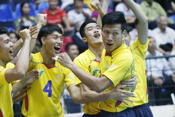 Lịch thi đấu giải bóng chuyền Cúp Hùng Vương hôm nay (25/4): Cơ hội lớn cho VTV Bình Điền Long An - Ảnh 1.