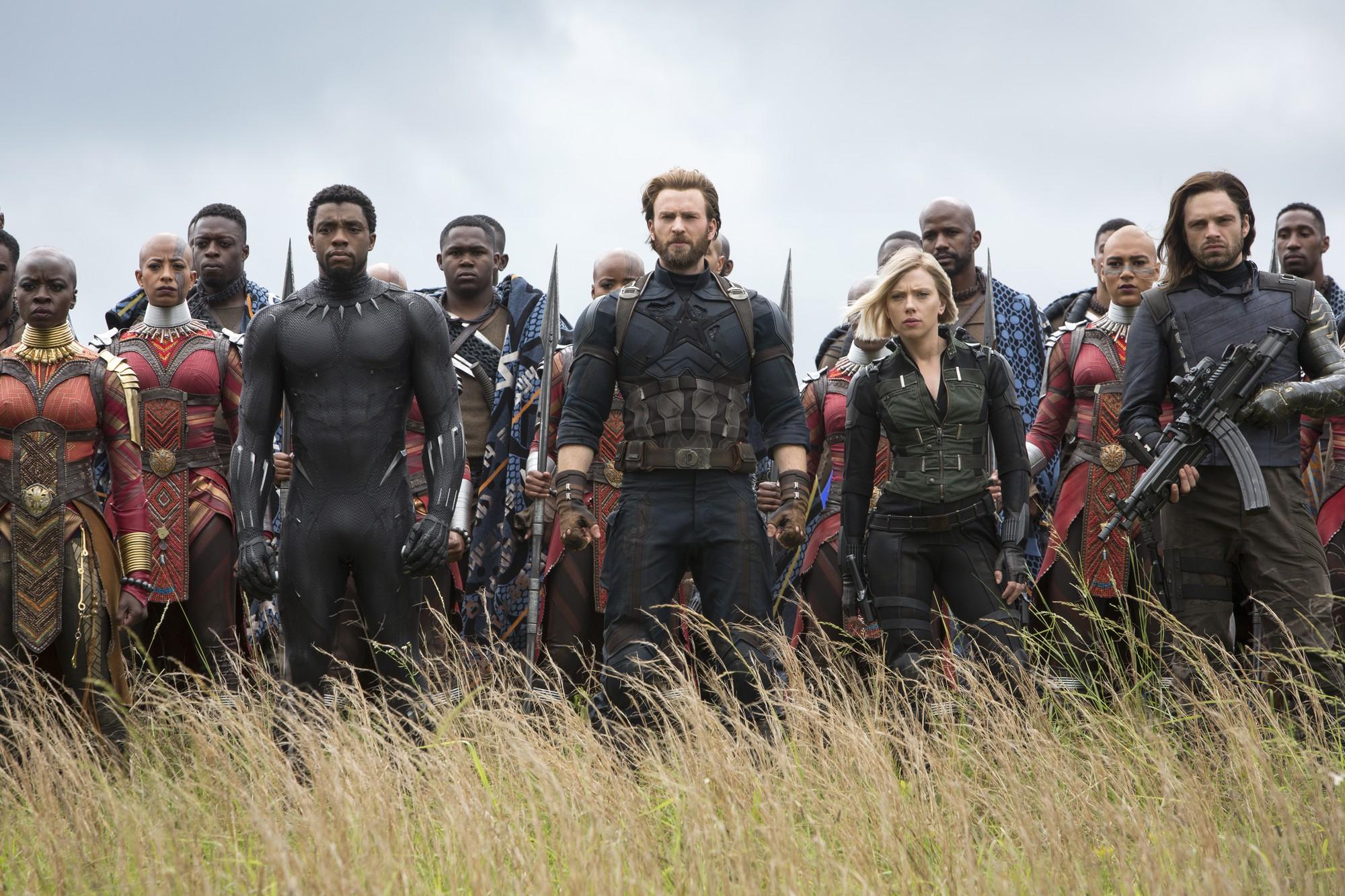 Review Avengers: Cuộc Chiến Vô Cực - Nín thở, choáng váng và đầy cảm xúc dành tặng fan Marvel - Ảnh 1.