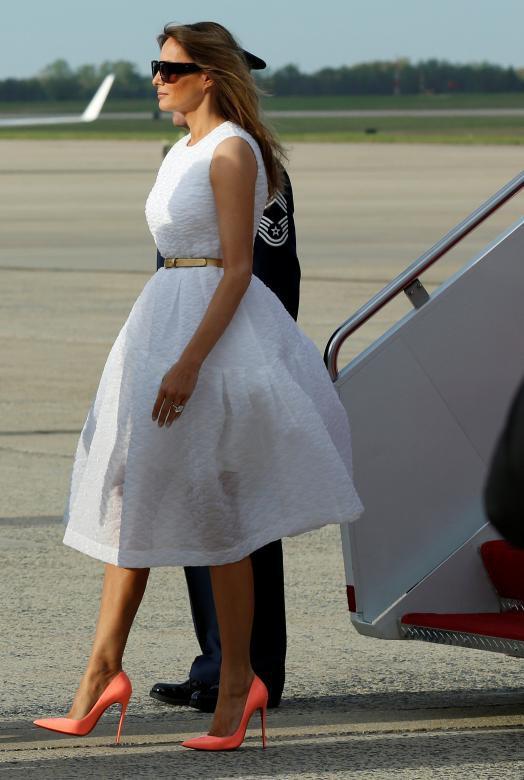 Gu thời trang biết nói của Đệ nhất phu nhân Mỹ - Ảnh 8.