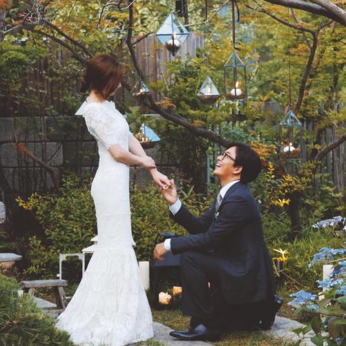 """Những sao Hàn từng """"gây sốc"""" khi bất ngờ tuyên bố kết hôn - Ảnh 9."""