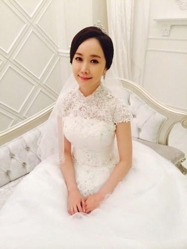 """Những sao Hàn từng """"gây sốc"""" khi bất ngờ tuyên bố kết hôn - Ảnh 1."""