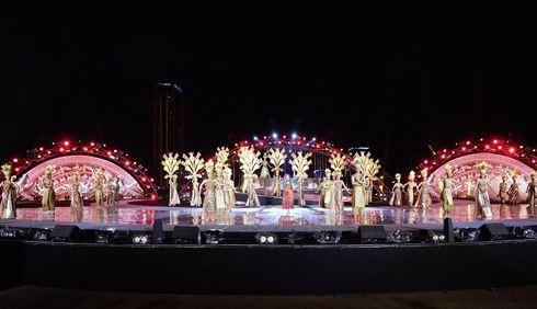 TRỰC TIẾP Khai mạc Lễ hội Pháo hoa quốc tế Đà Nẵng 2018 (20h10, VTV1) - Ảnh 1.