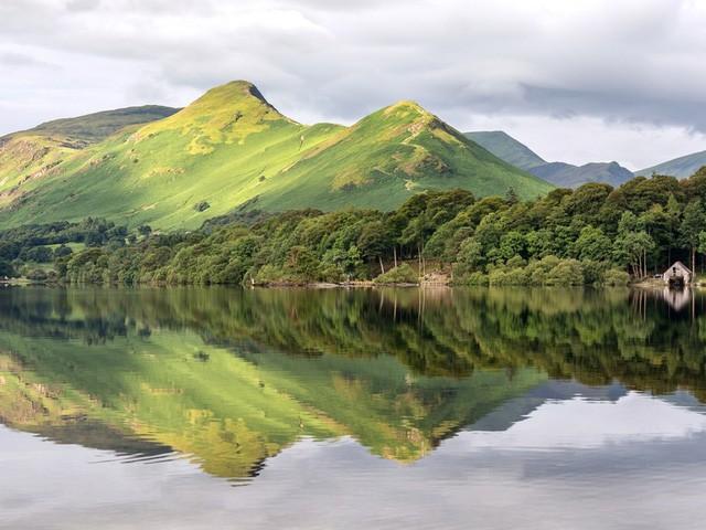 15 hồ có vẻ đẹp hút hồn nhất thế giới - Ảnh 15.