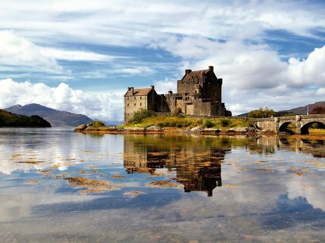 15 hồ có vẻ đẹp hút hồn nhất thế giới - Ảnh 8.