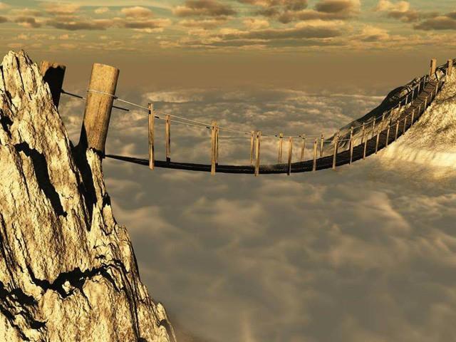 Thót tim dò từng bước trên cây cầu dẫn tới địa ngục - ảnh 3