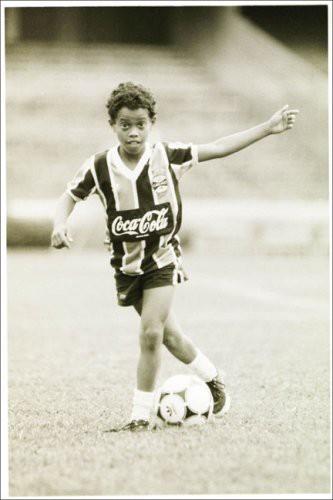 Bóng đá là hành trình thỏa niềm vui: Thế giới từng có một Ronaldinho như thế - Ảnh 4.