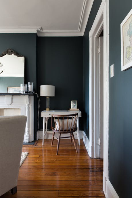 Nhặt nhạnh bí kíp tô điểm không gian sống nhỏ hẹp qua căn hộ ở Brooklyn - Ảnh 4.