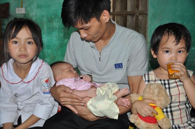 Mẹ bị sét đánh chết, bé hơn 1 tháng tuổi ngằn ngặt khóc khát sữa - Ảnh 7.