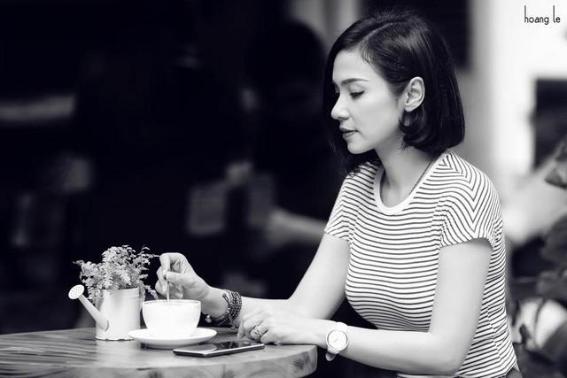 """""""Người đẹp Tây Đô"""" Việt Trinh tuyên bố sẽ... ở giá cho tới cuối đời - Ảnh 1."""