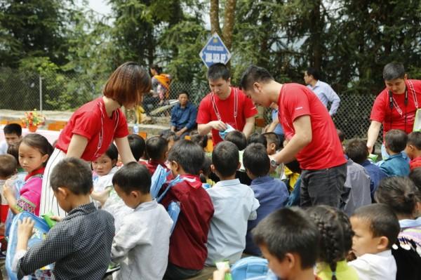 Bàn giao hai điểm trường tại Yên Bái, Quảng Bình - Ảnh 2.