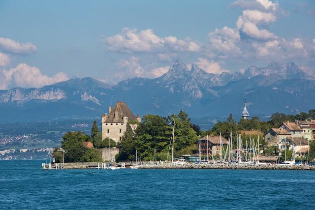 Những hồ nước quyến rũ nhất nước Pháp - Ảnh 3.