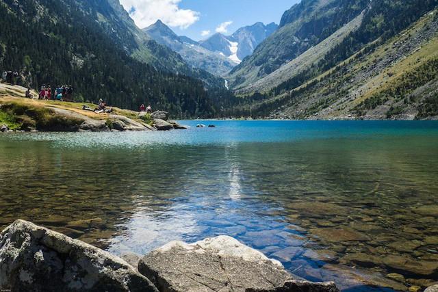 Những hồ nước quyến rũ nhất nước Pháp - Ảnh 9.