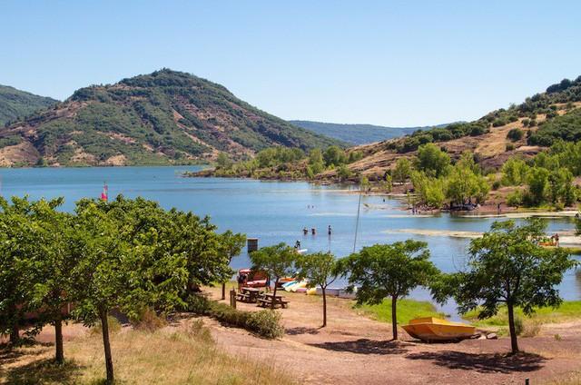 Những hồ nước quyến rũ nhất nước Pháp - Ảnh 10.