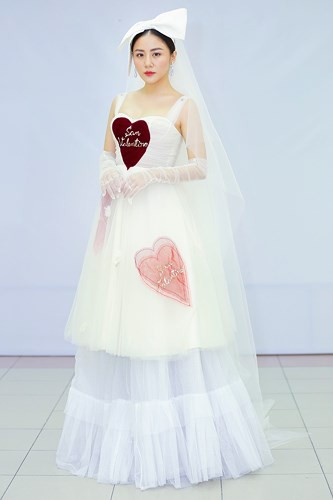 Văn Mai Hương mặc váy cưới, hóa cô dâu xinh đẹp trên truyền hình - Ảnh 7.