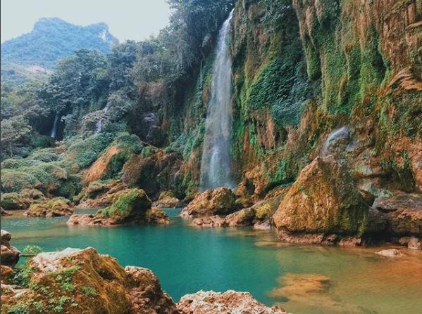 Chiêm ngưỡng vẻ đẹp nghẹt thở của thác nước đẹp nhất Việt Nam - Ảnh 3.