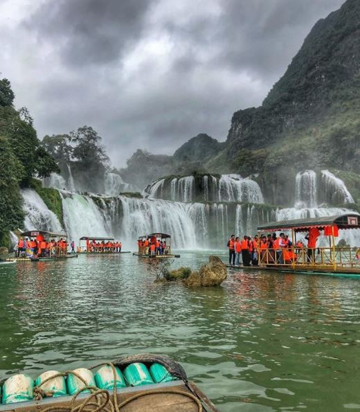 Chiêm ngưỡng vẻ đẹp nghẹt thở của thác nước đẹp nhất Việt Nam - Ảnh 9.