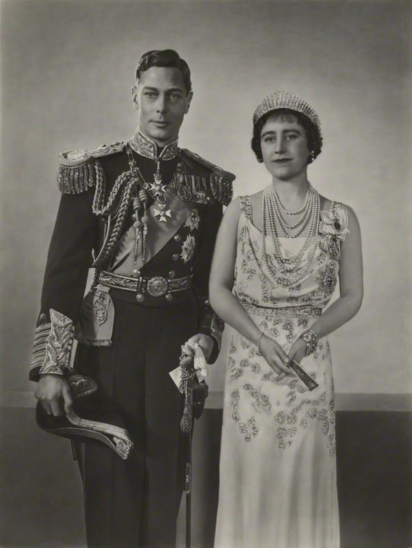 Những đám cưới đẹp như cổ tích trong lịch sử 100 năm hoàng gia Anh - Ảnh 6.