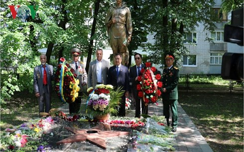 Gặp gỡ cựu chiến binh Việt Nam - Ukraine sau 73 năm chiến thắng phát xít - Ảnh 2.