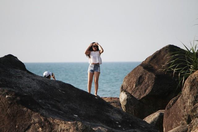 Mê mẩn nét đẹp hoang sơ biển Lộc Bình - Ảnh 13.