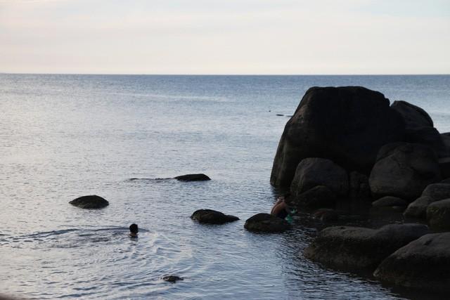 Mê mẩn nét đẹp hoang sơ biển Lộc Bình - ảnh 14