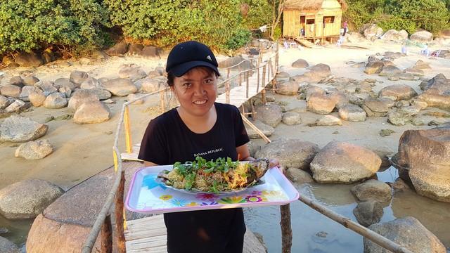 Mê mẩn nét đẹp hoang sơ biển Lộc Bình - ảnh 16