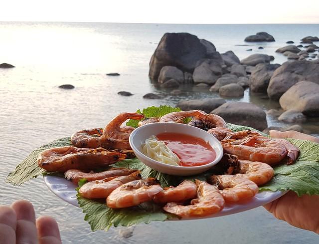 Mê mẩn nét đẹp hoang sơ biển Lộc Bình - ảnh 17