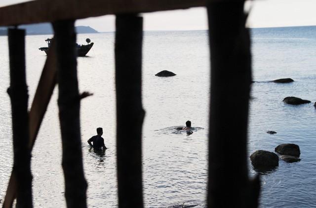 Mê mẩn nét đẹp hoang sơ biển Lộc Bình - ảnh 19