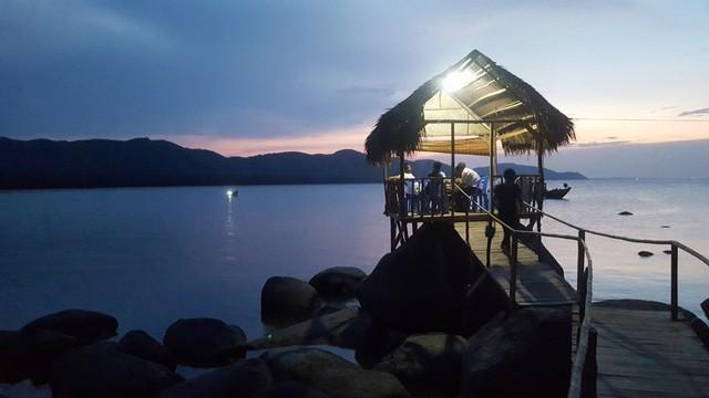 Mê mẩn nét đẹp hoang sơ biển Lộc Bình - Ảnh 21.