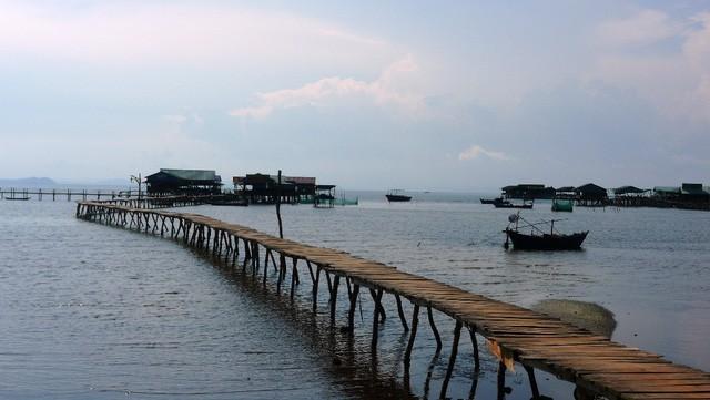 """Những bãi biển ở đảo ngọc Phú Quốc """"hút"""" khách dịp hè - Ảnh 5."""