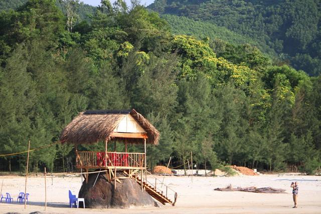 Mê mẩn nét đẹp hoang sơ biển Lộc Bình - Ảnh 7.