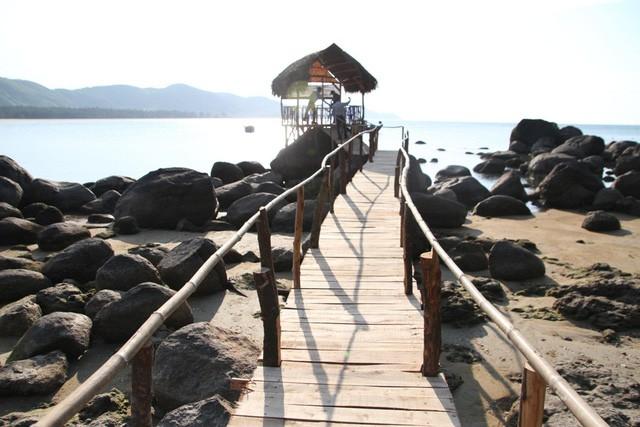 Mê mẩn nét đẹp hoang sơ biển Lộc Bình - Ảnh 9.