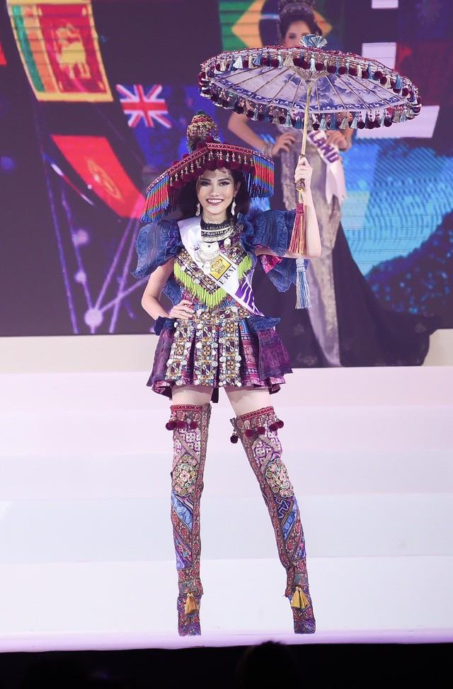 Người đẹp Diệu Linh đăng quang Nữ hoàng Du lịch toàn cầu 2018 - Ảnh 2.