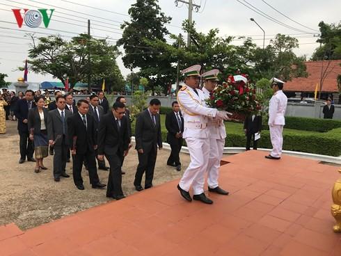 Lễ kỷ niệm 128 năm Ngày sinh Chủ tịch Hồ Chí Minh tại Lào - Ảnh 2.