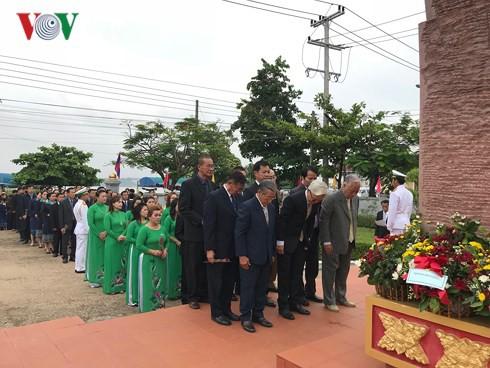 Lễ kỷ niệm 128 năm Ngày sinh Chủ tịch Hồ Chí Minh tại Lào - Ảnh 3.